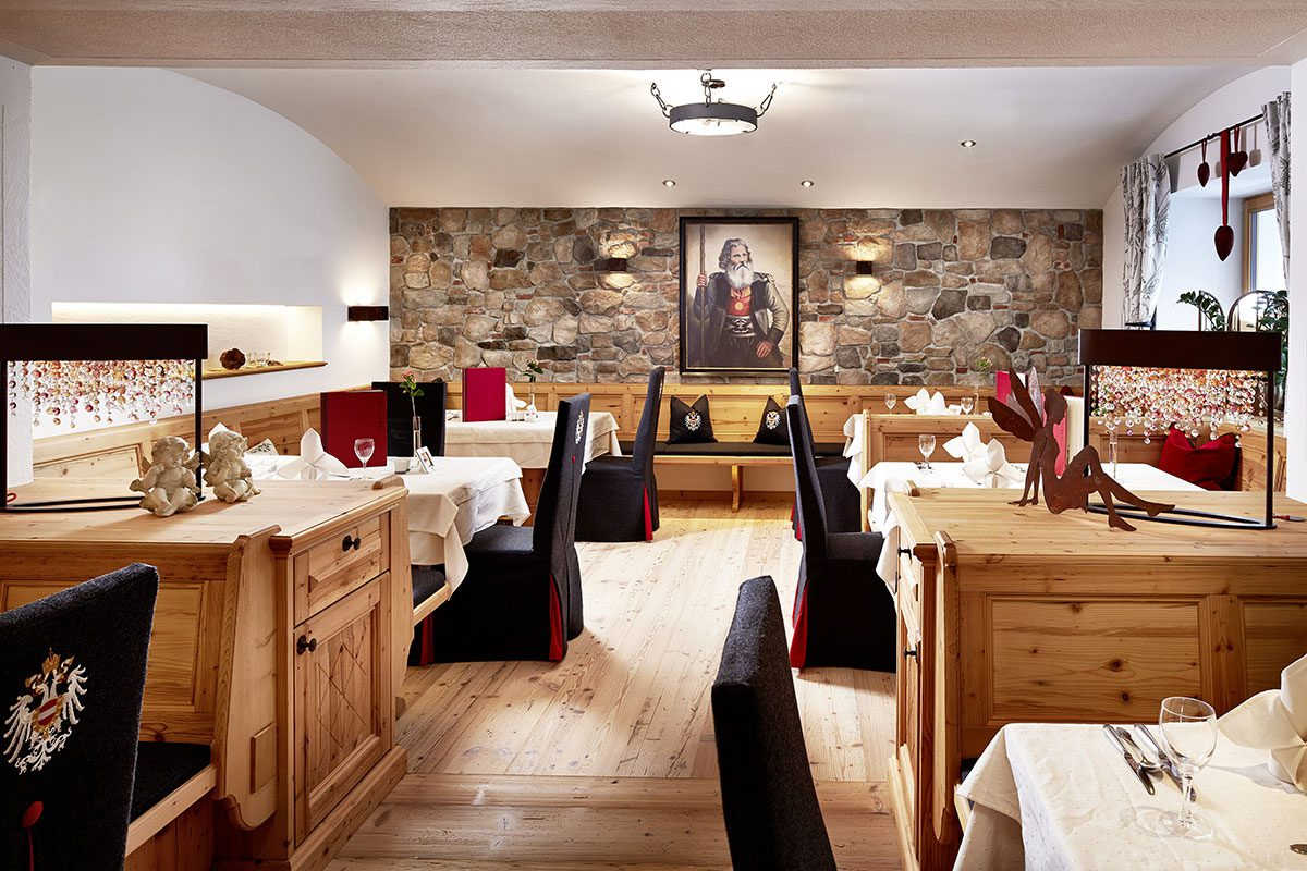 Panzlstube im Wanderhotel Kirchner - Urlaub in den Kitzbüheler Alpen