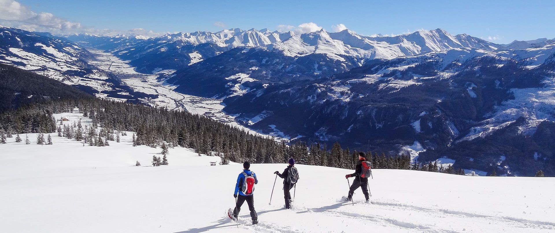 Schneeschuhwandern im Hotel Kirchner