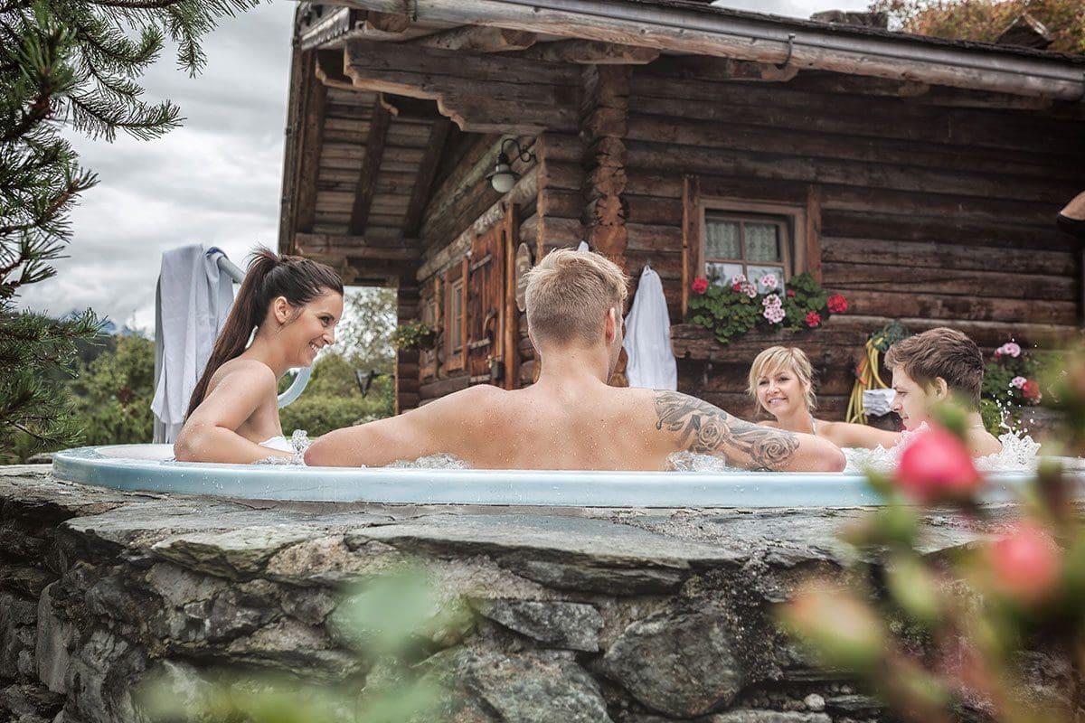 Wanderhotel Kirchner in Bramberg am Wildkogel, Sauna und Dampfbad-Aussenanlage