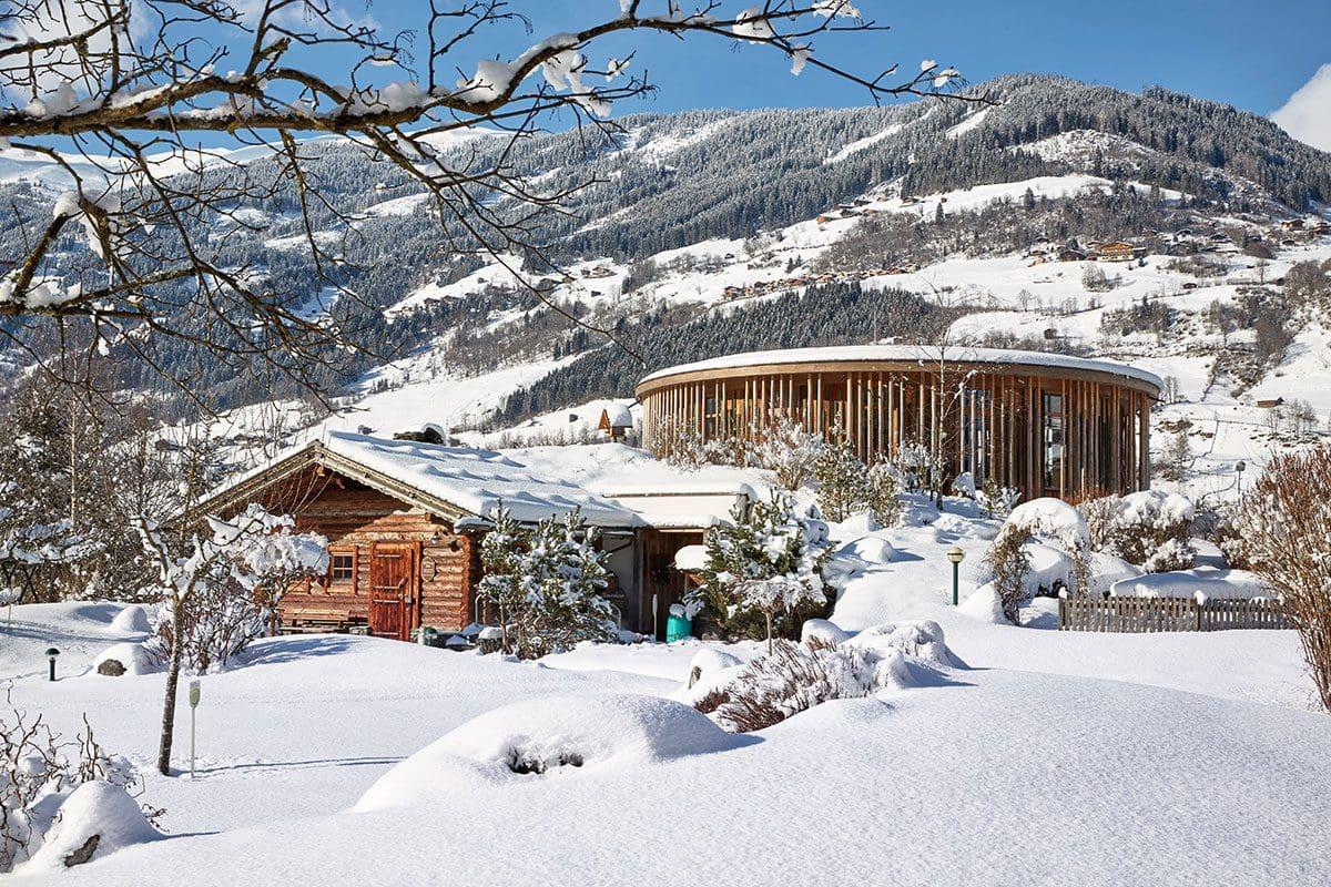 Winteransicht des Baumhauses · Inklusivleistungen im Wanderhotel Kirchner, Kitzbüheler Alpen